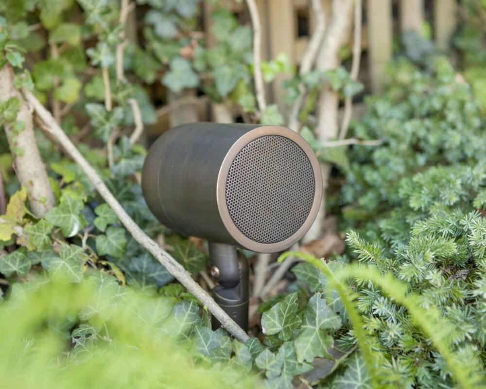 Outdoor speaker - Audio distribution
