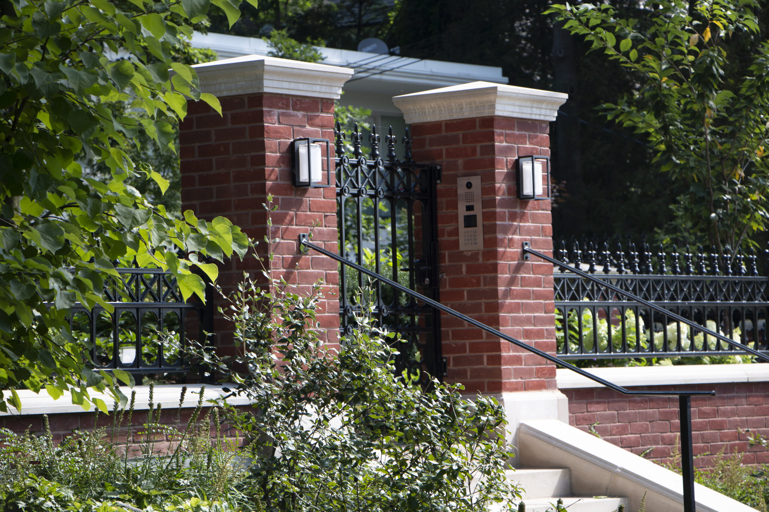 Gate with intercom